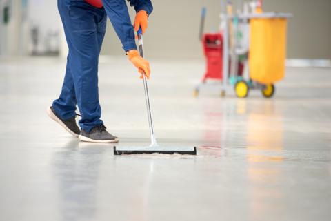オフィス、学校、工場等々、清掃作業はゴエス美総株式会社へご依頼ください!